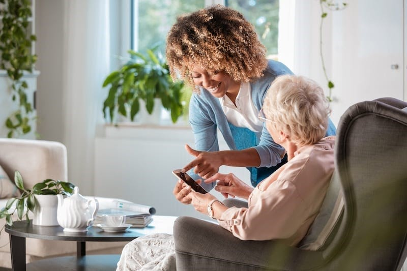 Long-Distance Care Can Help During Difficult Times
