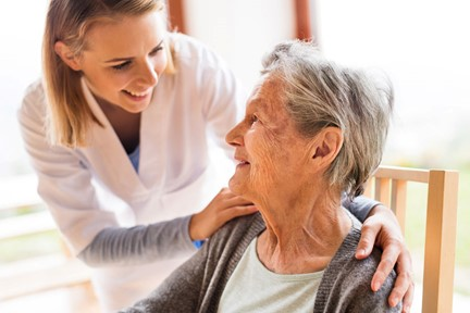 The Benefits of Hiring a Caregiver