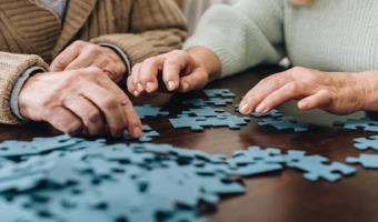 5 Brain-Stimulating Activities for Dementia